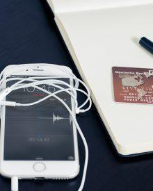 Jak bezpiecznie płacić kartą przez Internet?