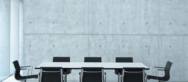 Jakie meble sprawdzą się w sali konferencyjnej?